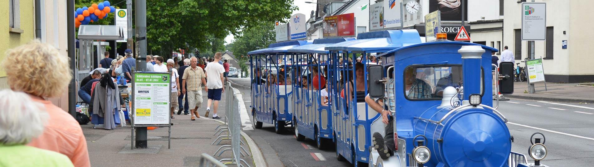 Bimmelbahn beim Dorffest in Schildgen